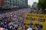 ۴۸ نفر در حمله نیروهای امنیتی به معترضان در میانمار کشته و زخمی شدند