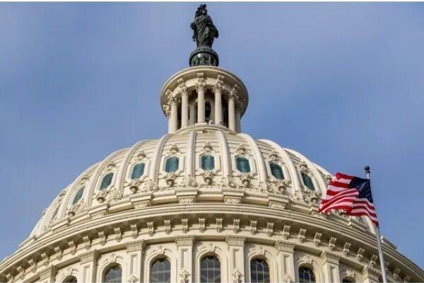 10 US senators call for advancing diplomacy with Iran