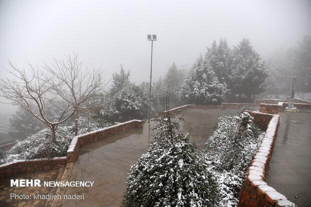 بارش برف اصفهان