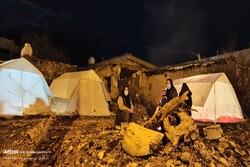 بیخانمان ها در میان آوار مصیبت