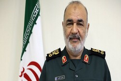 IRGC chief thanks Leader for encouraging message