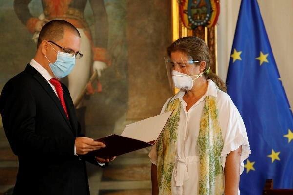 شورای اروپا رئیس هیأت دیپلماتیک ونزوئلا را «عنصر نامطلوب» خواند