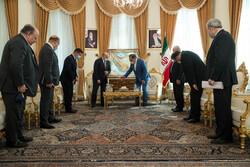دیدار وزیر خارجه عراق با علی شمخانی