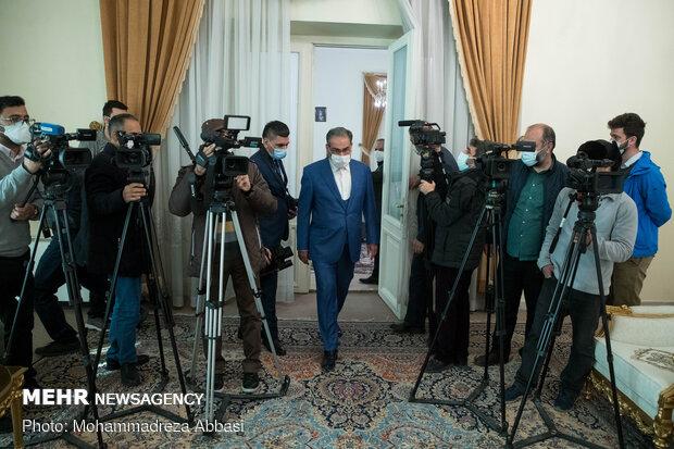 """دیدار آقای """"فواد حسین، وزیر خارجه عراق"""" با دبیر شورای عالی امنیت ملی"""