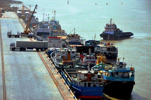 بعد توقف دام عاما واحدا.. خرمشهر والكويت يستأنفان رحلات النقل البحري بينهما