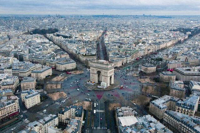 سطح بدهی عمومی فرانسه همچنان در حال افزایش است