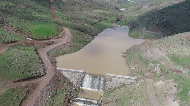 طرح های آبخیزداری  در ۶۰ حوزه با محوریت کنترل سیلاب اجرا می شود