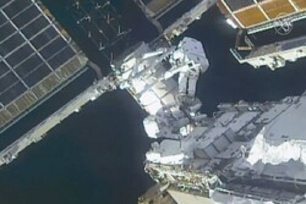 VIDEO: Spacewalk for 7 hrs to prepare ISS for new solar panel