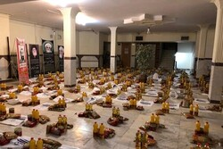 توزیع ۲۰۰ بسته معیشتی به مداحان آسیب دیده از کرونا در کرمانشاه