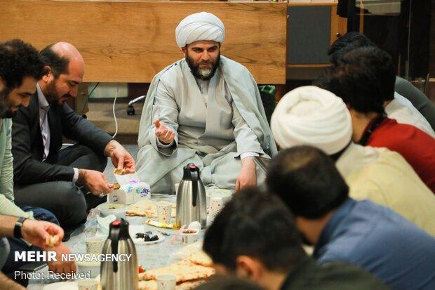 دیدار حجت الاسلام قمی با گروه های جهادی محیط زیستی