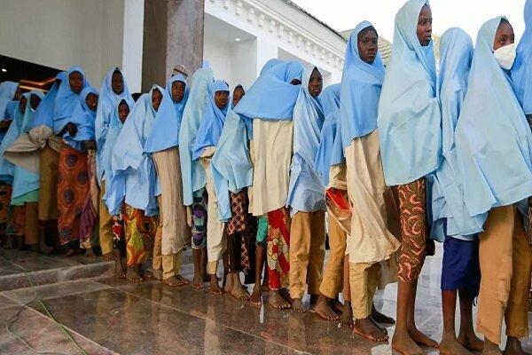 Nearly 300 kidnapped Nigerian schoolgirls released