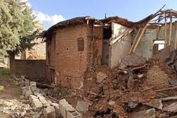 زلزله زدگان روستای کریک نیازمند حمایتهای بیشتر هستند