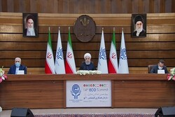 Rouhani urges for stepped-up trade relations among ECO states