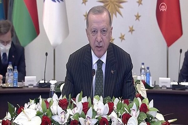 Turkish president urges US to lift sanctions against Iran