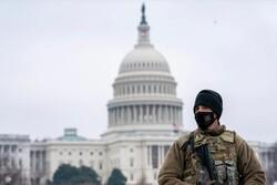حمله با خودرو به ساختمان کنگره آمریکا/ ۲ افسر پلیس زخمی شدند