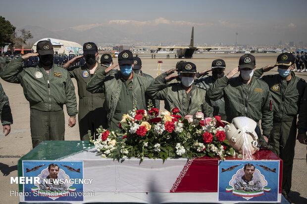 تشییع پیکر خلبان شهید بیرجند بیک محمدی