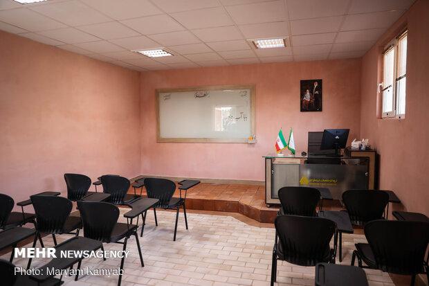 زیرساخت های آموزشی اتباع خارجی در ایلام توسعه می یابد