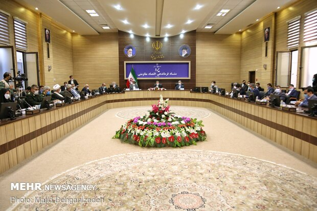 Veep arrives in Yazd prov. to inaugurate development projects