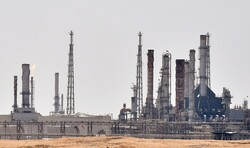 قلب صنعت نفت عربستان هدف قرار گرفت/ سامانه پاتریوت فقط تماشاگر اوضاع است
