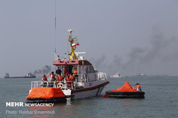 نجات جان ۲ صیاد پس از ۶ ساعت عملیات مشترک جستجو و نجات