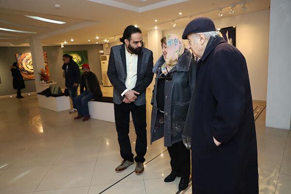 مروری بر آثار «نقاشی خط» و «خط فرش» احمد میرزا در راوی هنر