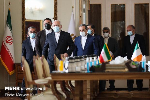 Iranian, Irish FMs meet in Tehran