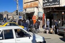 مردم سیستان و بلوچستان همچنان در صف/ نوبت به مرغ رسید