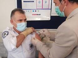 نیروهای عملیاتی اورژانس تهران واکسن کرونا تزریق کردند