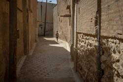 تکلیف ساکنان محروم خانه های میراثی «سنگ سیاه» روشن شود