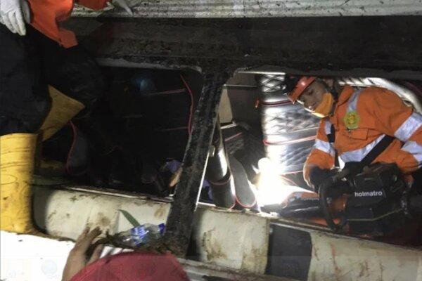 Endonezya'da otobüs kazası: Ölü ve yaralılar var