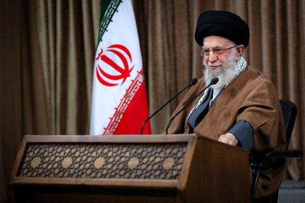 قائد الثورة الاسلامية: فلتغادر امریکا بشکل سریع العراق وسوریا