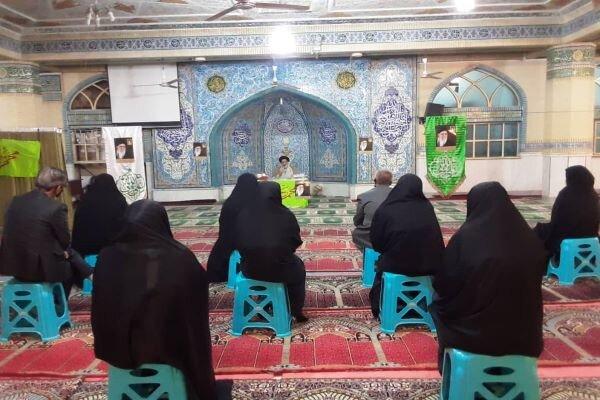 اهدای کمک مومنانه توسط قرارگاه جهادی مصلای ورامین به نیازمندان