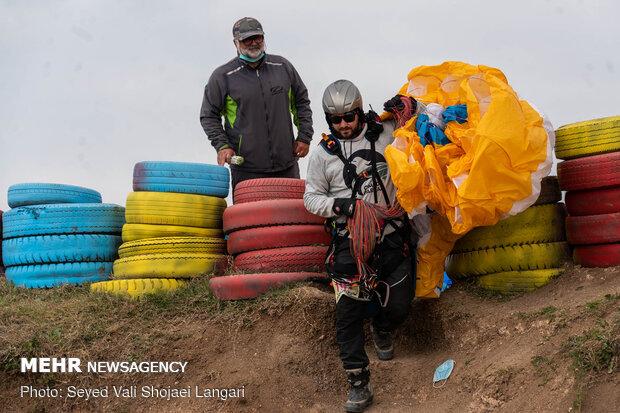 Paragliding in Sari