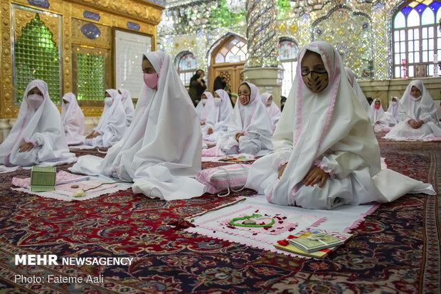 جشن تکلیف شکوفه های تازه مکلف شده در امامزاده پنج تن(ع)