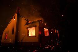 آتش سوزی در انبار چوب خیابان کهندژ