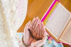 استفاده از ظرفیت حوزویان و دانشگاهیان در ترویج فرهنگ نماز