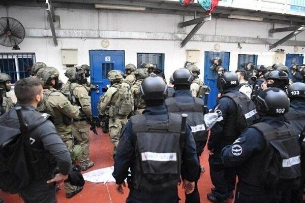 İşgal rejiminin hapishanesinden 6 Filistinli tutuklu kaçtı
