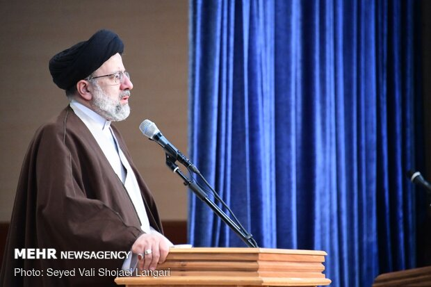 حرس الثورة الاسلامية تألق في كل مجال دخله