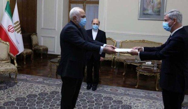 سفير البرازيل الجديد لدى طهران يقدم اوراق اعتماده لظريف