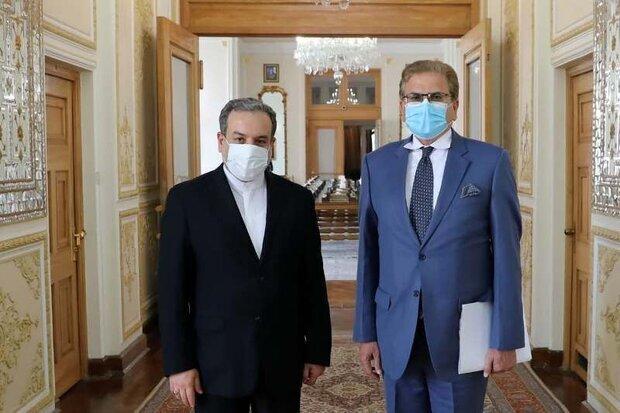 إيران وباكستان تعربان عن قلقهما من وجود داعش في أفغانستان