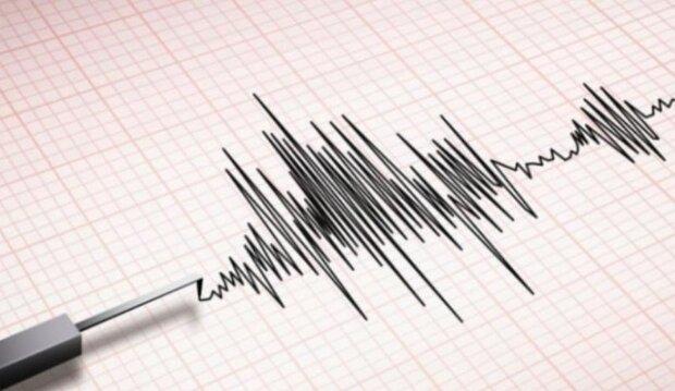 زلزال بقوة 4.7 ريختر يضرب شمال شرق ايران