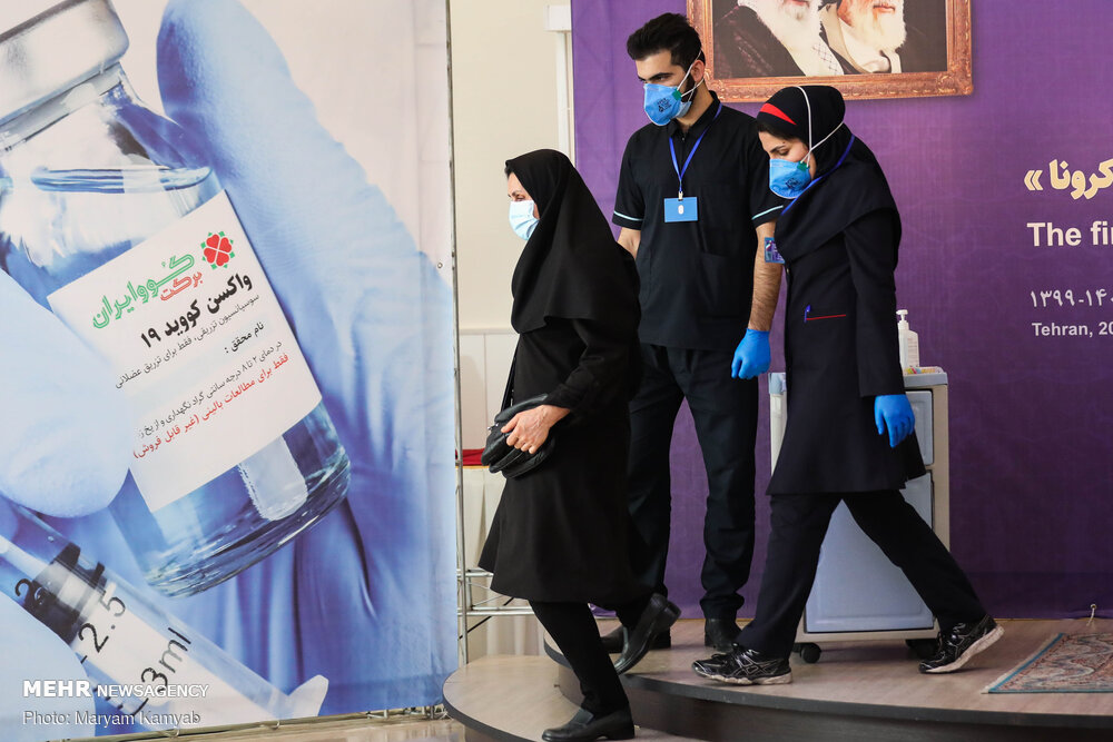 روند آماده سازی اولین واکسن ایرانی/۱۸ میلیون دوز واکسن در شهریور