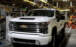 کمبود تراشه مصرف سوخت وانت های جنرال موتورز را بیشتر می کند