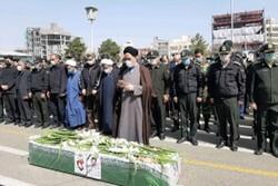 پیکر شهید حقانی فر در مشهد به خاک سپرده شد