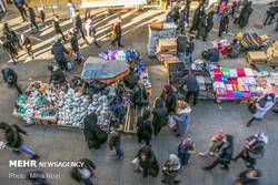 بساط کرونا در بازار تبریز و اشتیاق مردم برای خرید عید