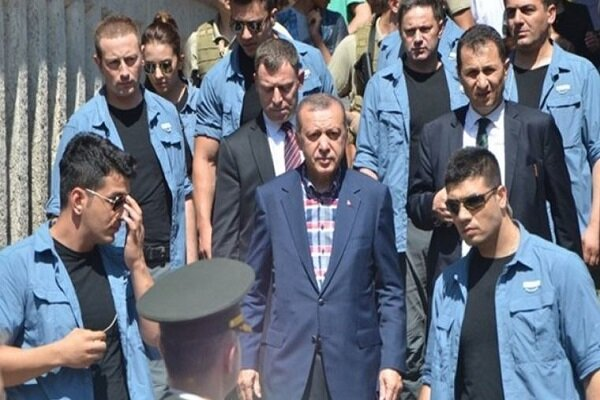 Erdoğan'ın koruma polisi bir mektup yazarak yaşamına son verdi