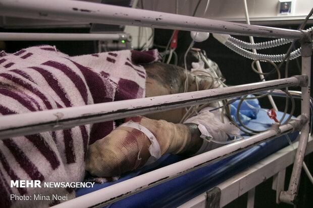مصدومیت شدید ۳ مرد در انفجار کارخانه اکسیژن / دختر ۱۲ ساله غرق شد