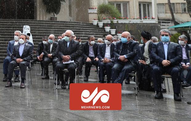 واکنش وزرای دولت به خیس شدن زیر باران