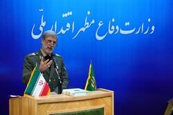وزير الدفاع الإيراني يهنئ نظرائه في الدول الصديقة والمجاورة بعيد النوروز
