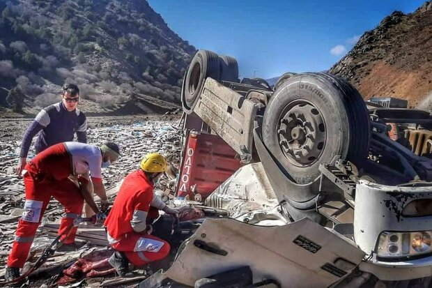 واژگونی خودرو در چهارمحال و بختیاری ۴ مصدوم برجای گذاشت